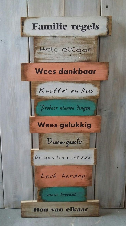 Tekstbord groot; Familie regels. Www.opgekwast.nl  (copyright)