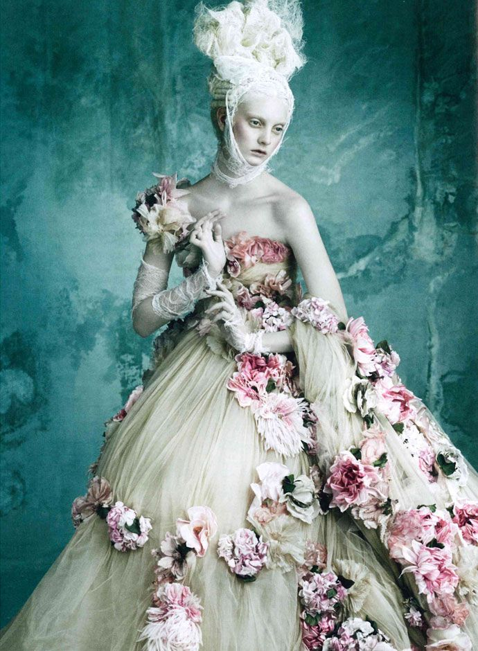 Dolce and Gabbana Alta Moda Spring Summer 2014: Marie Antoinette on Vogue Germany shots