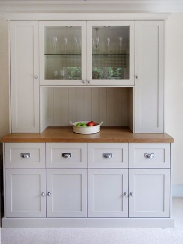 Image from http://www.builtinsolutions.co.uk/images/Bespoke-Welsh-Dresser.jpg.
