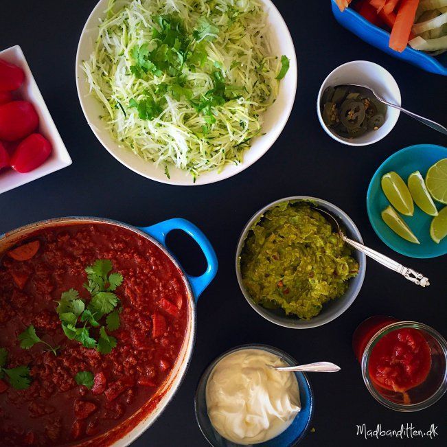 Mexicanck gryderet med oksekød og pølser --> madbanditten.dk