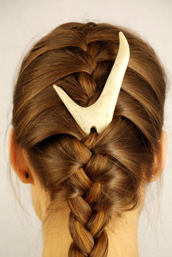 @Danielle Graham I saw this on esty when I would looking for something to put in my hair for my wedding and thought of you lol