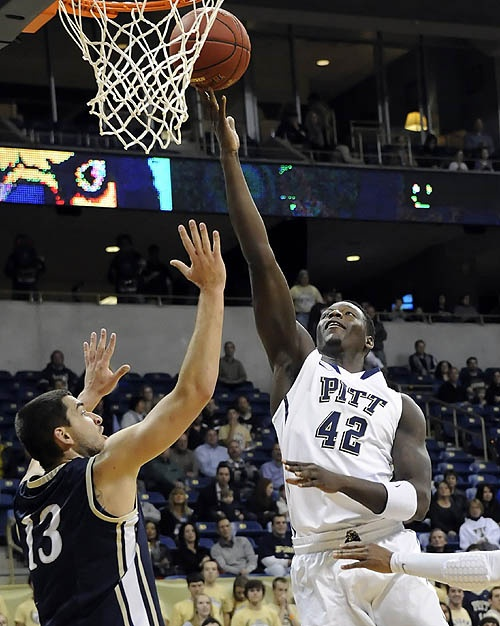 Pitt basketball: Panthers win season opener. Great picture of Talib, Lets Go Pitt! Up on Georgetown tonight!