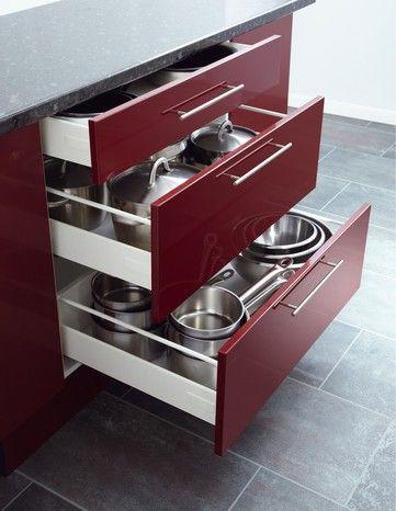 Rangement De Cuisine Tiroir Et Casserolier Avec Amorti Permet Une Fermeture Silencieuse Rangement Cuisine Tiroir Rangement
