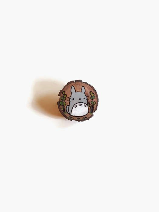 Wooden Brooch - Totoro, Totoro Brooch, Wood Burning, Pyrography, Wood Brooch, Wooden Lapel Pin, Cute Pin, Kawaii Pin, Totoro pin
