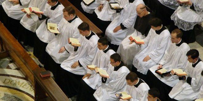 Cuanto importa seguir la vocación al estado religioso (S. Alfonso María de Ligorio) Adelante la Fe krouillong