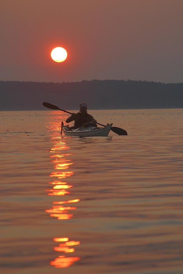✭ Seakayaking on the Potomac River at sunset