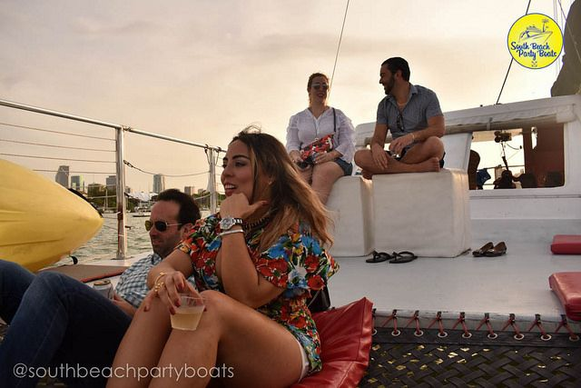 Christmas Is Around The Corner Take Some Time To Chill Catch The Breeze On A Miami Sunset Sail W Campagne Boat Party Miami Party Yacht Party