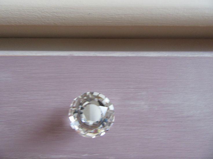 szuflada z kryształem