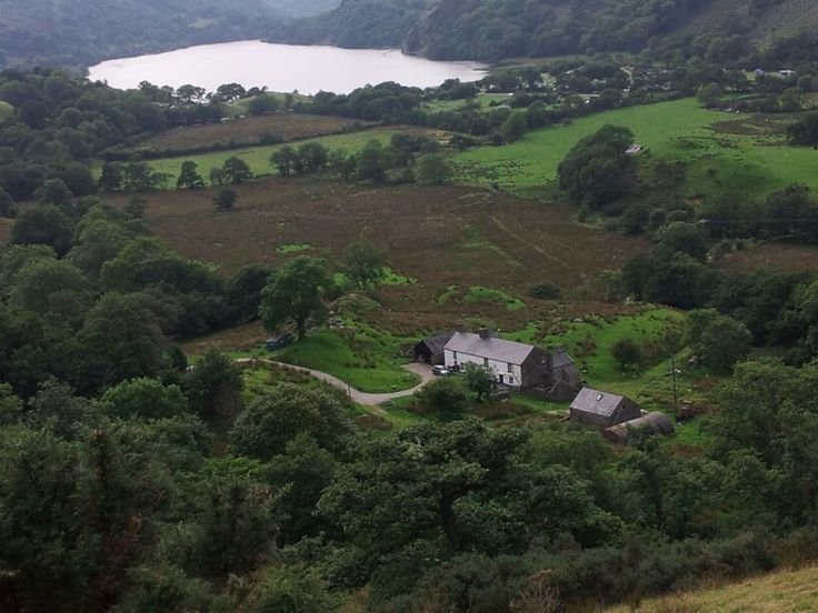 Farmhouse and lake  near Llanberis Pass.