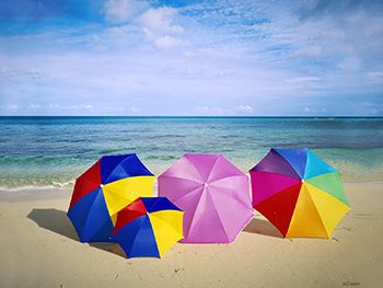 Summer Umbrellas www.yahoo.americangreetings.com/downloads/display.pd?prodnum=3... #colorsofsummer