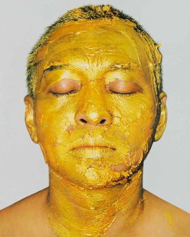 Gold Acrylic Paint on Face 1. 2009. 150x120 cm. Oil on canvas.
