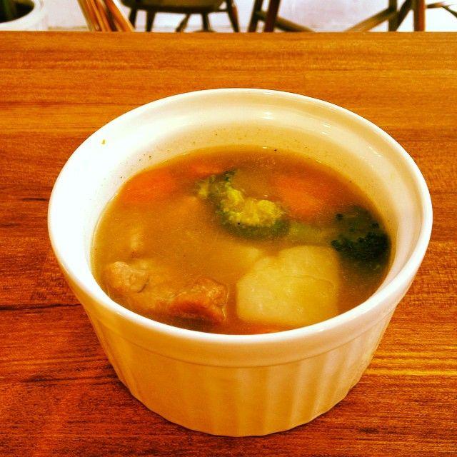 ほっとするポトフ #東林間#カフェ#coo #今日のランチ#スープ