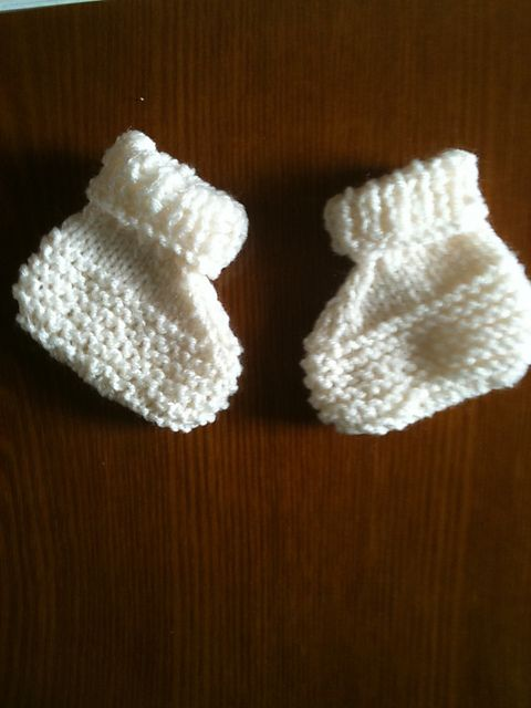 Knitting Patterns For Baby Mittens And Booties : The 34 best images about Knitting Baby Mittens & Booties on Pinterest J...