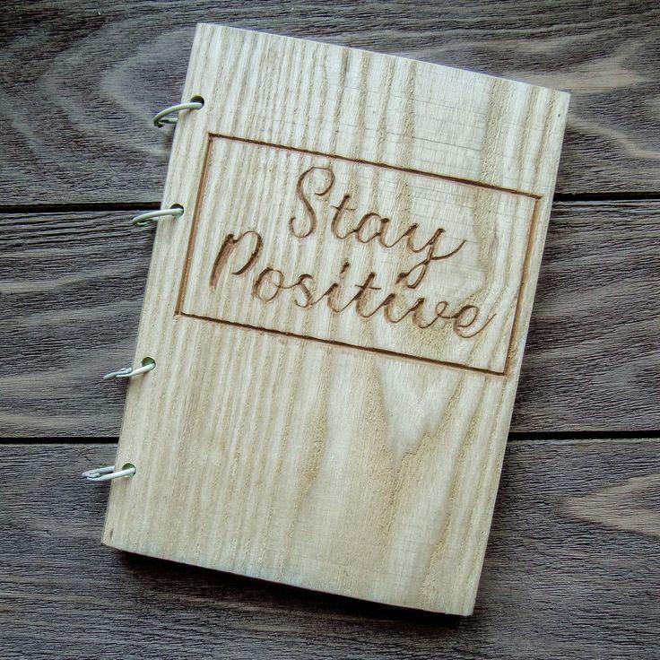 Этот блокнотик уже получила замечательная @sanya816 Всегда будь позитивной ;) А мы напминаем что уже первые 9 покупателей получат скидку 15% . . . . #handmade #ручнаяработа #скетчбук #блокнот #skecthbook #original #wood #дерево#hand_made_928#продажа