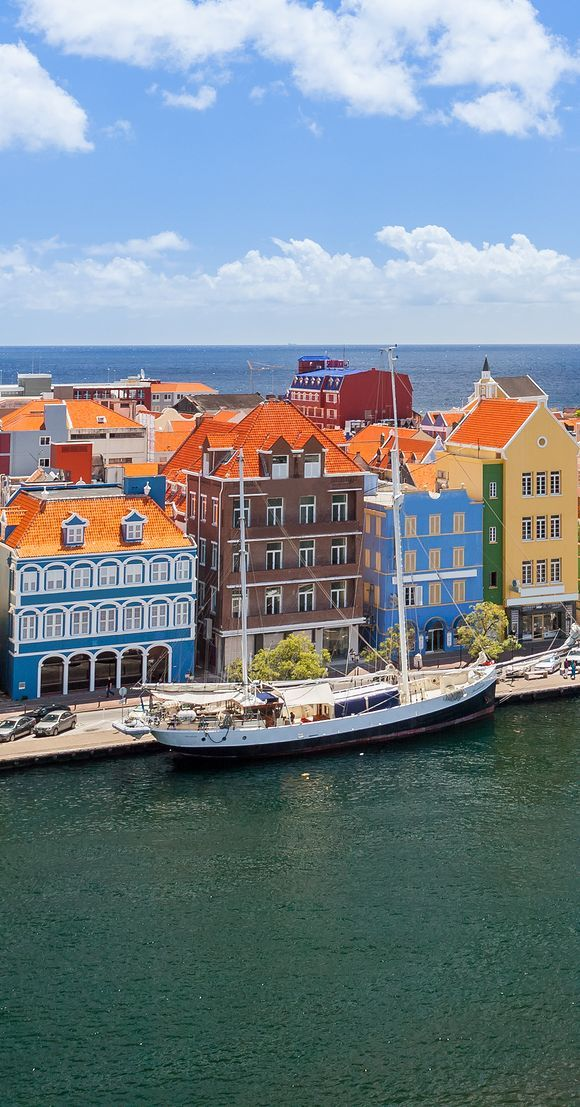 Enjoy Willemstad, Curacao - set off on the adventure of a lifetime!