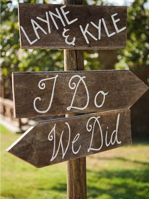 Cute sign for directions to ceremony site and reception.