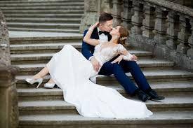 Znalezione obrazy dla zapytania sesja ślubna Moszna