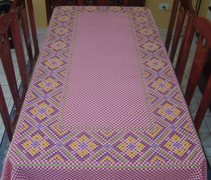 toalha-de-mesa-em-ponto-cruz-duplo-decoracao.jpg (680×582)