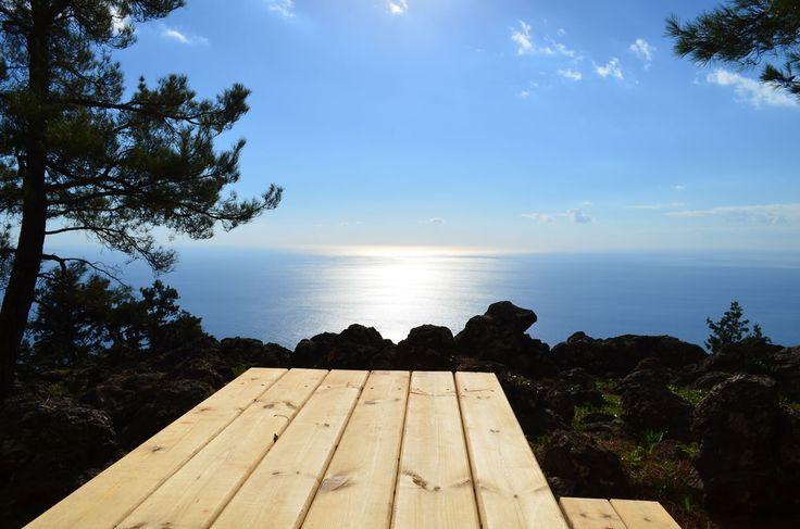 The coastal trails of South Crete! http://www.handpickedgreece.com/the-coastal-trails-of-south-western-crete/#sthash.lr89Atxv.qjtu