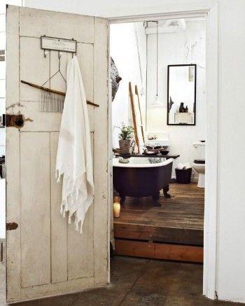 bathroom sommarstuga. Möjliga färger om jag ska göra om.