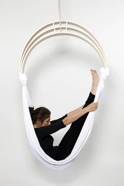 1000 images about motivate move on pinterest yoga - Fauteuil suspendu cocoon ...