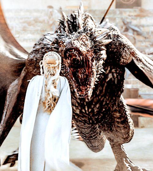 "Daenerys Targaryen and Drogon in S5xE09, ""The Dance of Dragons"""