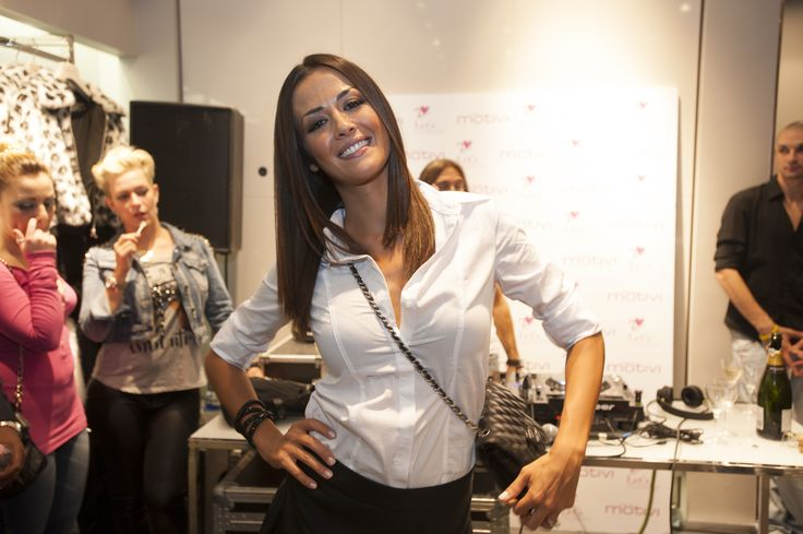 Giorgia Palmas, our special star VFNO2013 guest, greets fans in a stunning in a black & white Motivi look