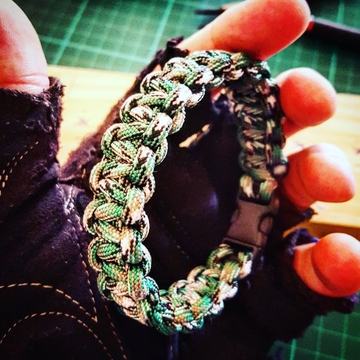 Grass Green Camouflage Solomon or Cobra Weave #Paracord #Survival #Bracelet by UltimateAdventureCo on Etsy
