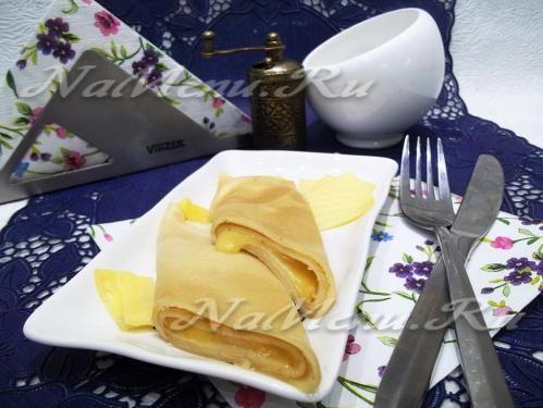Сметанные блины с сыром