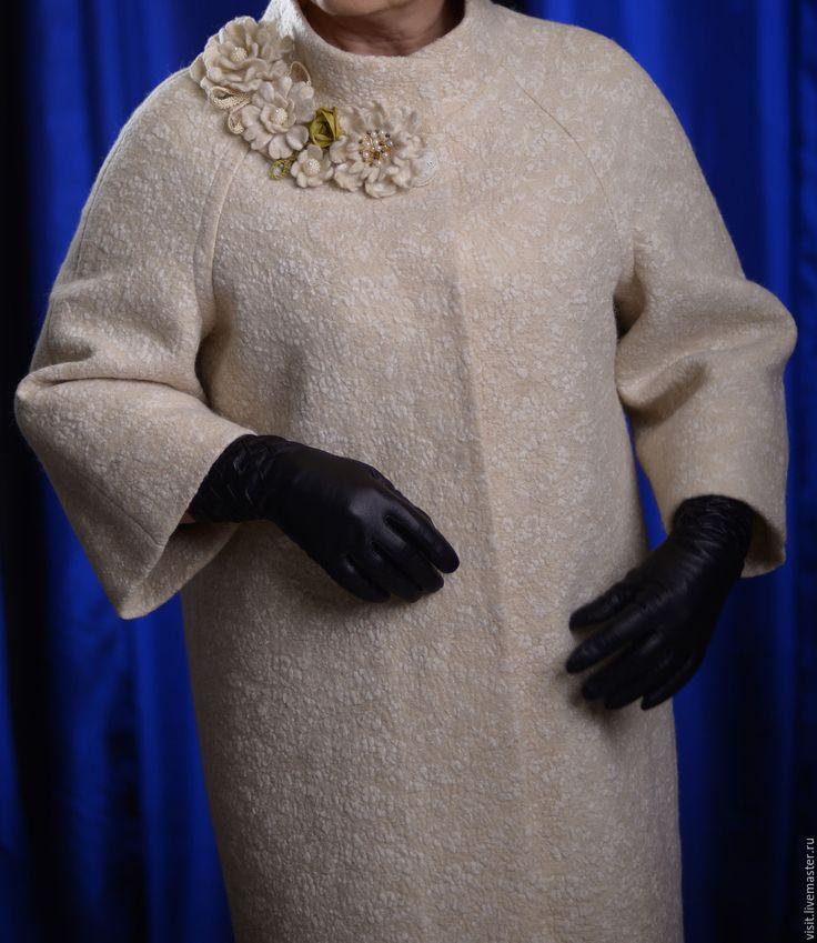 """Купить Пальто-кокон """"Грейс-оверсайз"""" - бежевый, орнамент, белый, оверсайз, элегантное пальто"""