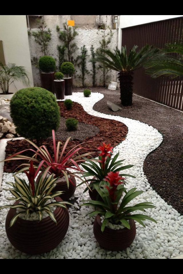 26 best park strips images on pinterest architecture - Jardines con piedras blancas ...