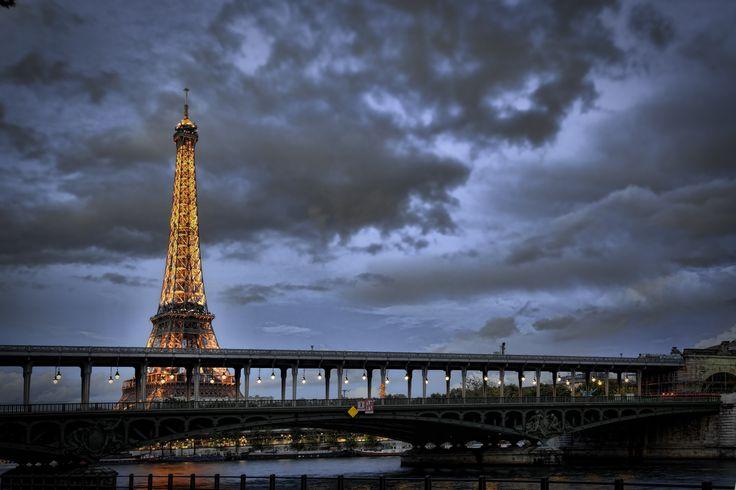 #EiffelTower after dawn from Pont Bir Hakeim by Martin Soler. #Travel #Paris