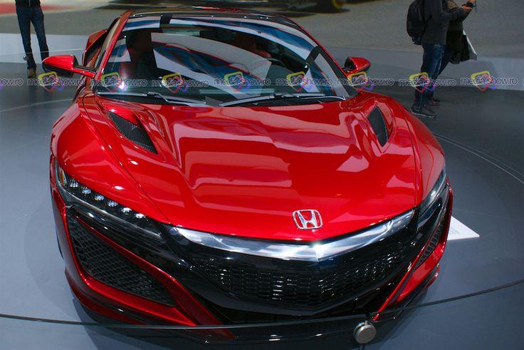 2016 Honda NSX - Frontal View IAA Frankfurt 2015 - Want to see more? Follow the link on the photo for Honda at IAA Frankfurt 2015!