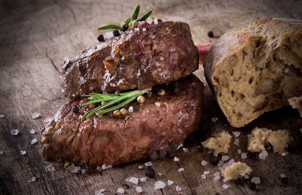 Nothing better on a rainy Monday than a thick, juicy steak!  #SiouxCitySteakhouse
