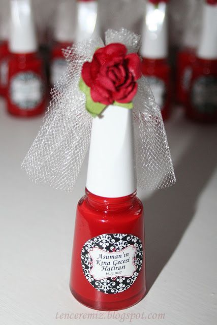 nail polish favor with bridal veil.