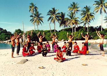 taber dance on parai beach