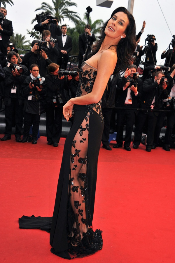 Megan Gale - ♛ www.pinterest.com/WhoLoves/Celebrities ♛ #Celebrities