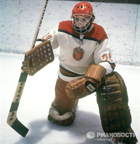 Vladislav Tretiak in his Central Red Army Club Uniform