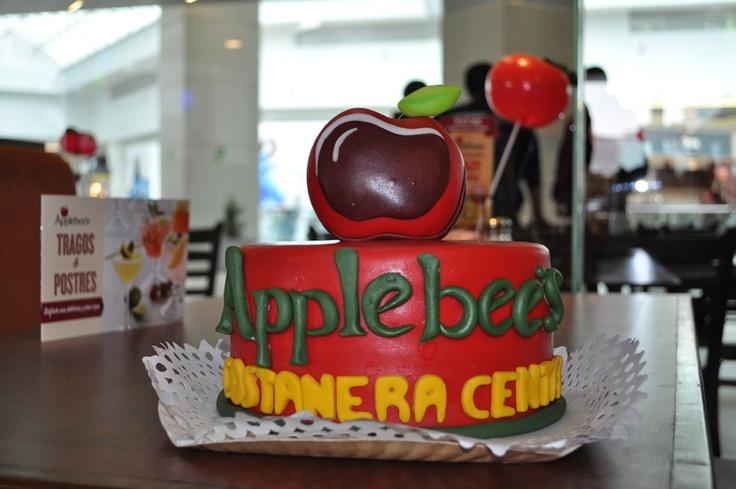 La torta de la inauguración.