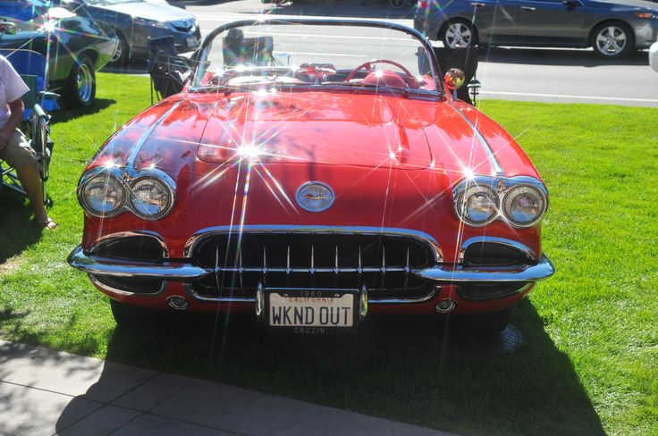 '58, '59 or '60 Corvette in Lake Tahoe - original photo by M Lee. Need another perspective to pinpoint the year.