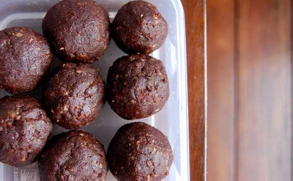 Grain-Free Raw Brownie Bites | Paleo Grubs