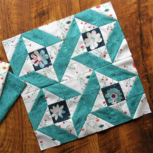Circle of Friends Block Free Pattern designed by Maureen of Maureen Cracknell Ha…