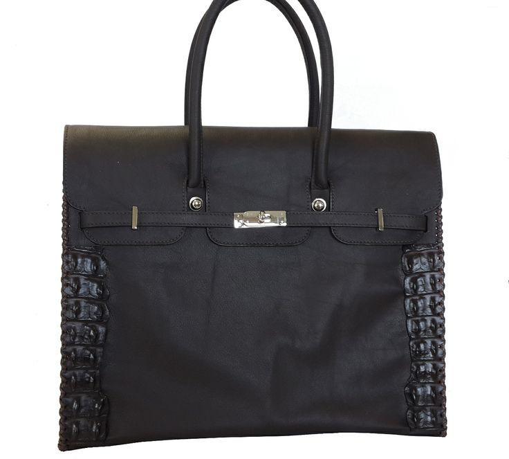 Our new closed shopper with Croc trim and whipstitching