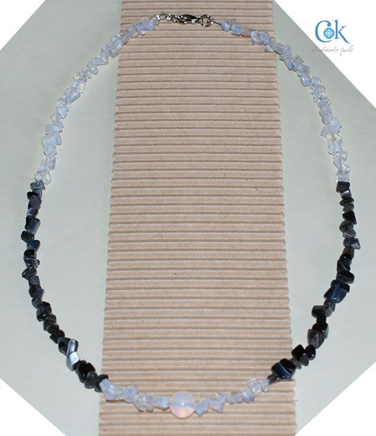 Black & white chips necklace (180)