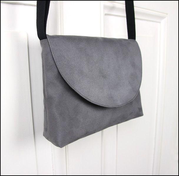 Handtasche - Handtasche Umhängetasche Veloursleder Grau - ein Designerstück von Flauto-dolce bei DaWanda