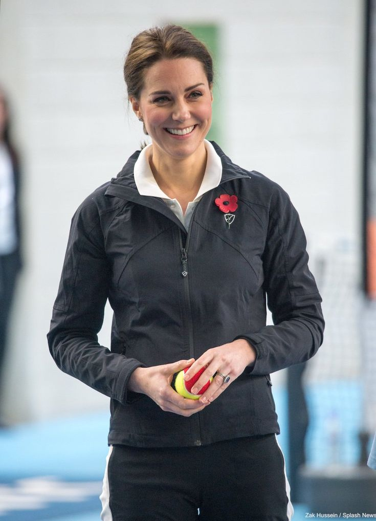 Kate visits the Lawn Tennis Association wearing sporty outfit · Kate Middleton Style Blog