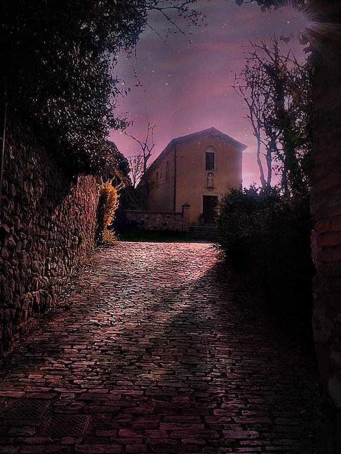 Chiesetta castello di Rossena