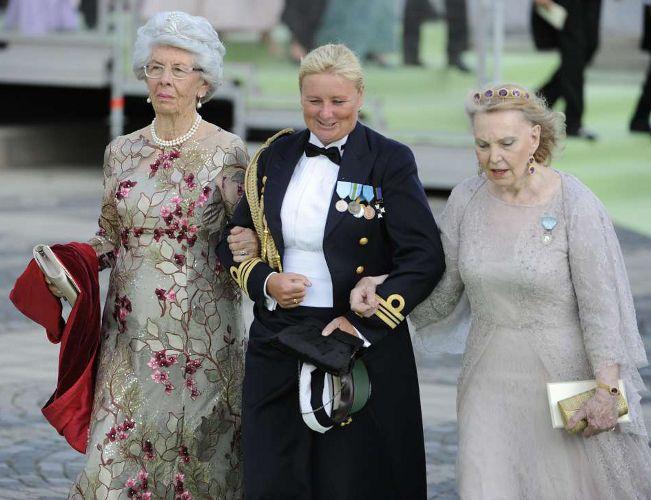 Countess Gunilla and Countess Marianne, June 8, 2013 | The Royal Hats Blog