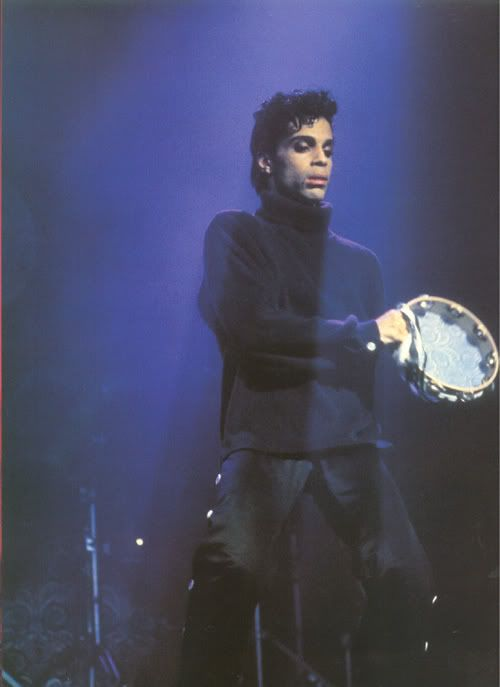 Rare photos of PRINCE from the 80s?