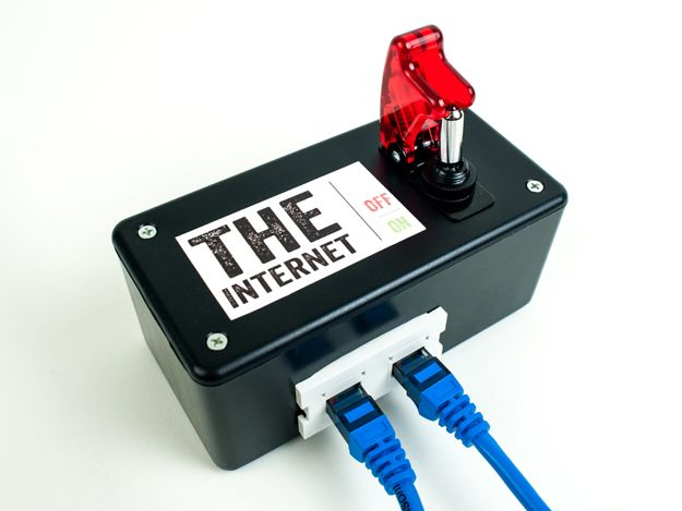 Build Your Own Instant Emergency Internet Kill Switch #technology<---I don't know why you would ever need this, but whatever I guess it's sorta cool